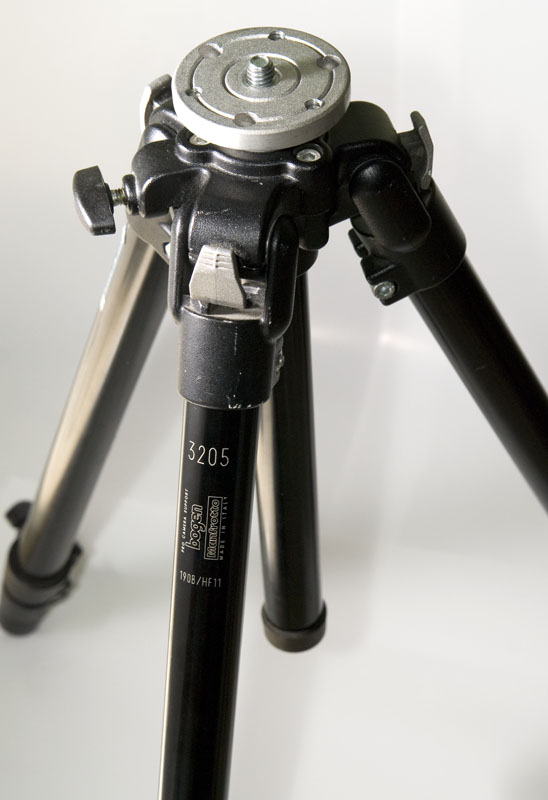 Manfrotto 3205 Tripod